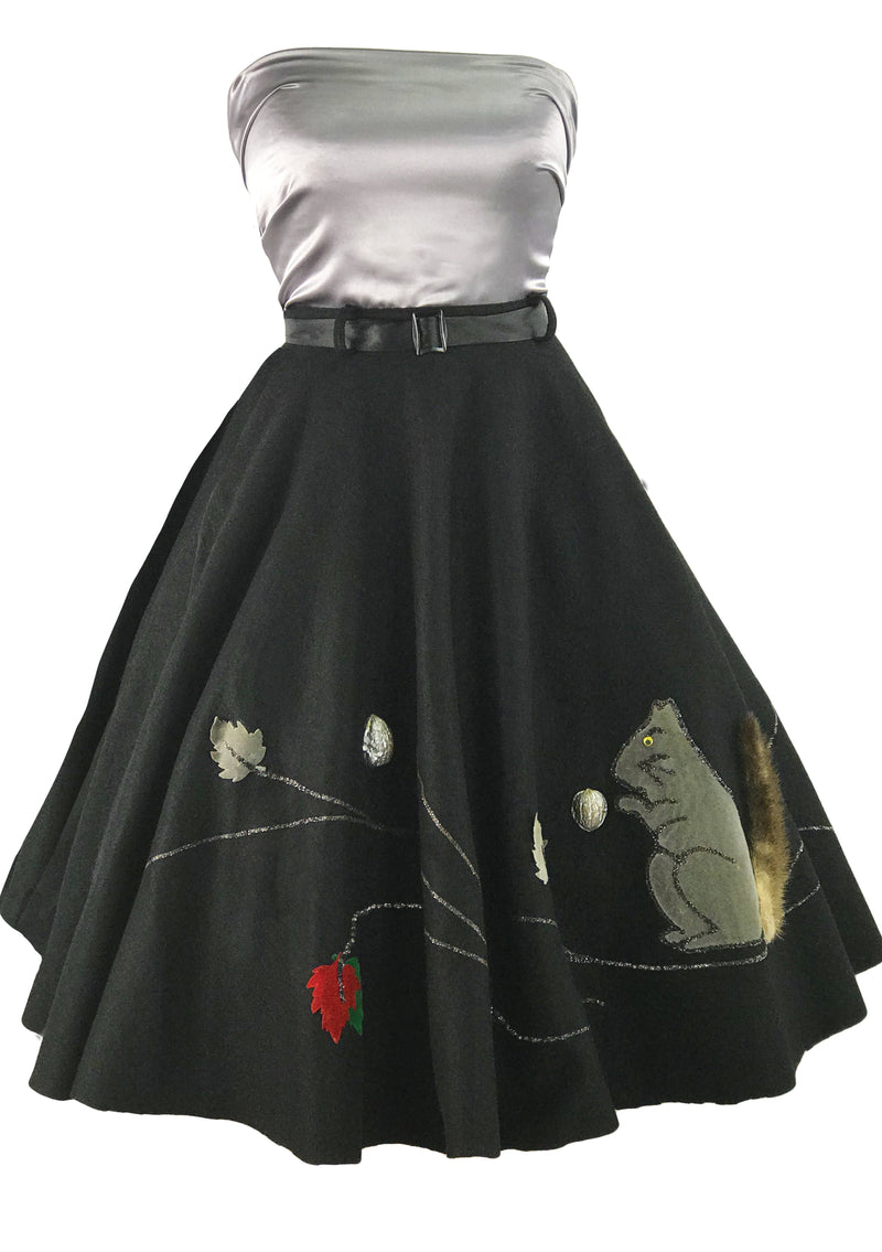 Vintage 1950s Black Felt 3D Applique Squirrel Skirt- New!