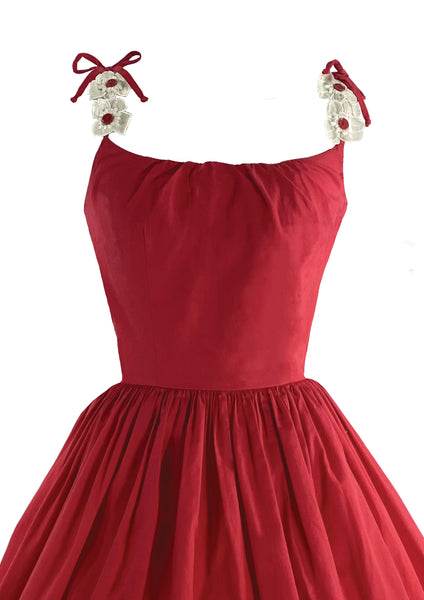Gorgeous 1950 Red Cotton Sundress with Daisy Appliques - New!