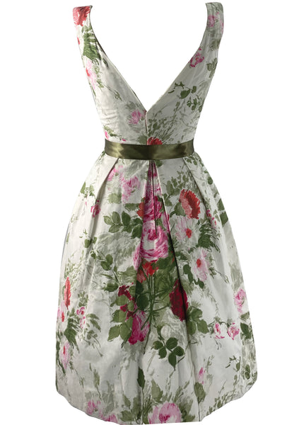 Late 1950s Early 1960s Rose Bouquet Cotton Dress- New!