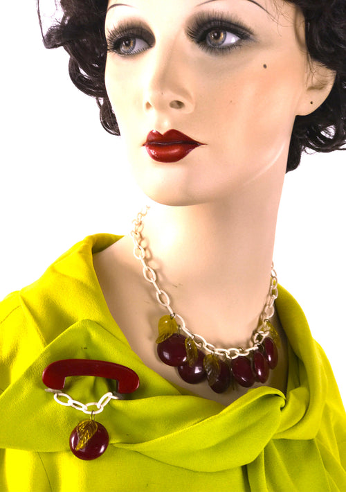 1940s Bakelite Apple Necklace & Brooch Set - New!