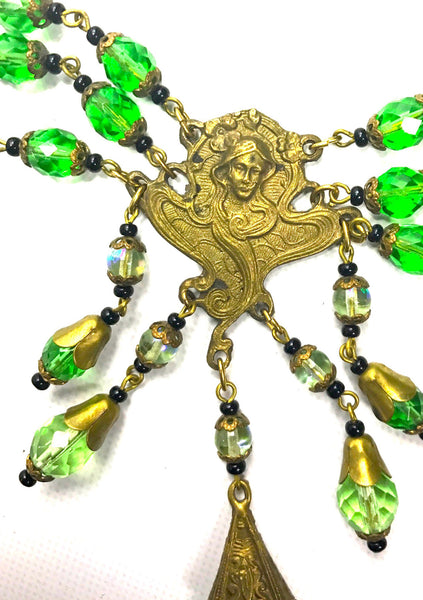 Vintage 1920s Art Nouveau Green Glass Necklace-New!
