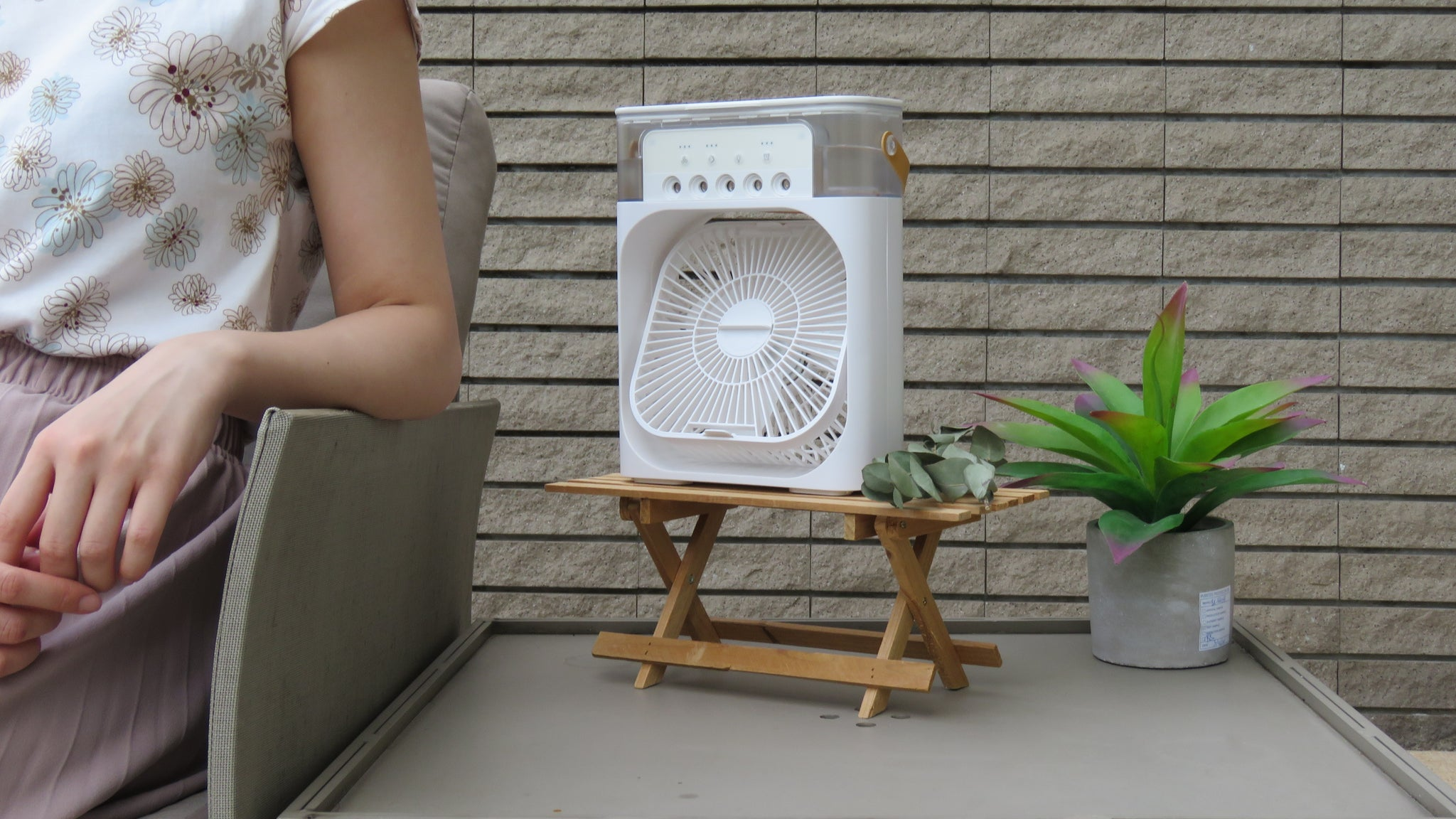 "Stay Cool All Summer! ""Go-to"" Humidifier Fans For You!"