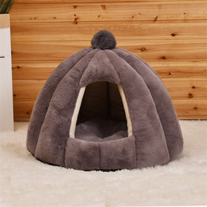 Cat or Small Dog Warm Cozy Pumpkin Shaped House Bed Pet Mat