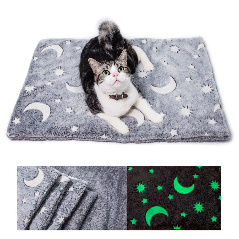 Soft Dog Bed Luminous Glow in Dark Moon Star Pattern Sleeping Mat