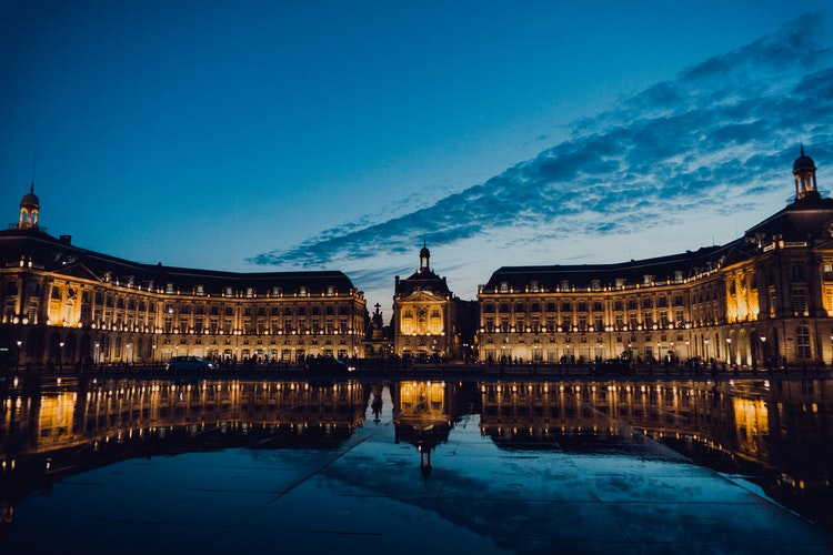 The Ultimate Wine Guide to Bordeaux
