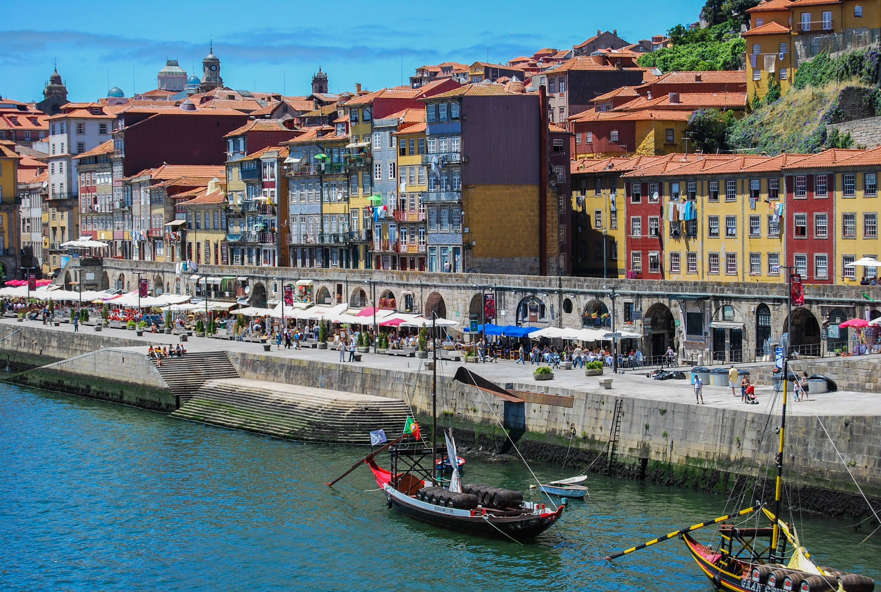 The Essential Wine Guide to exploring Porto and the Douro Valley