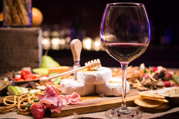 The 7 Essential Rules of Food and Wine Pairing