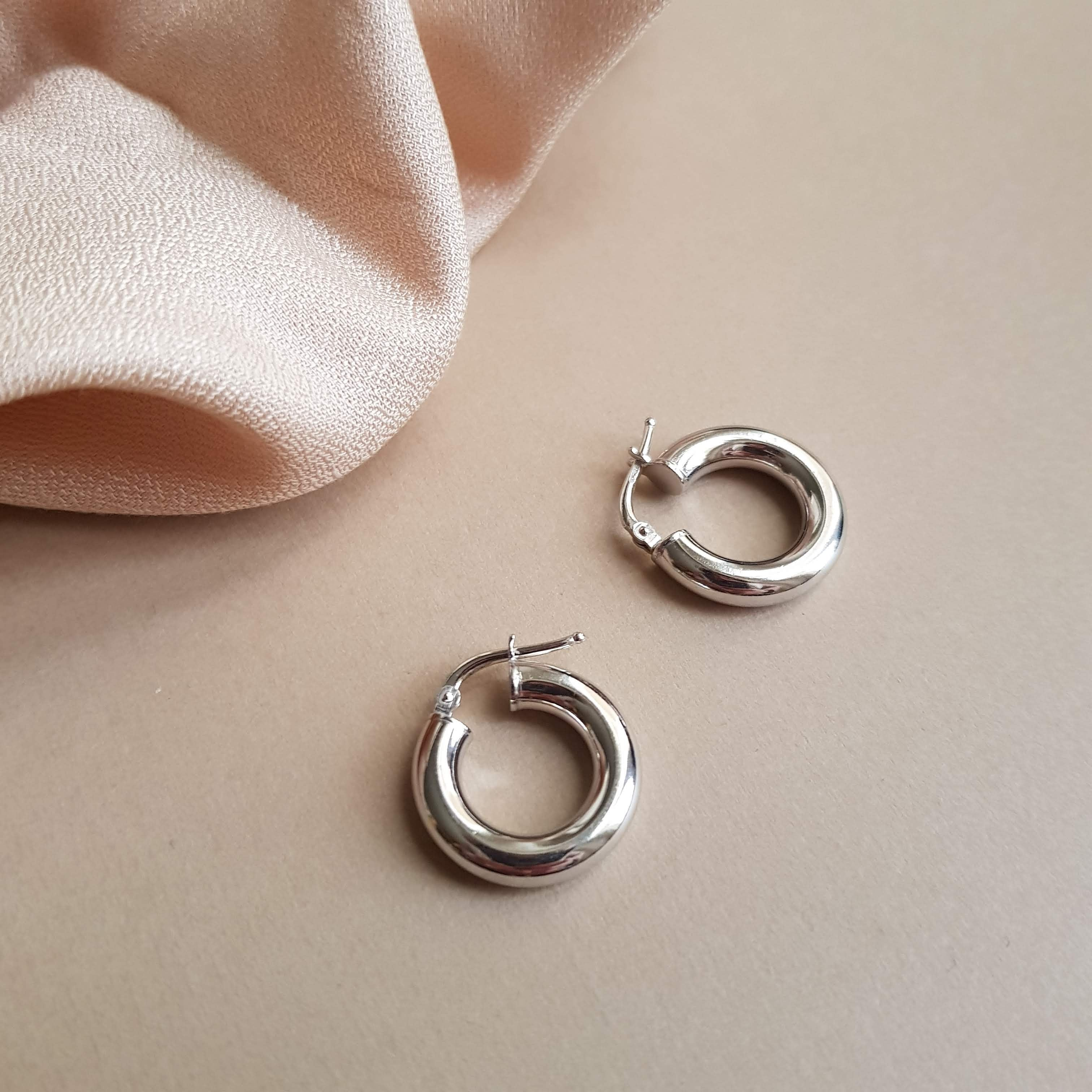 Hoops Bold Silver