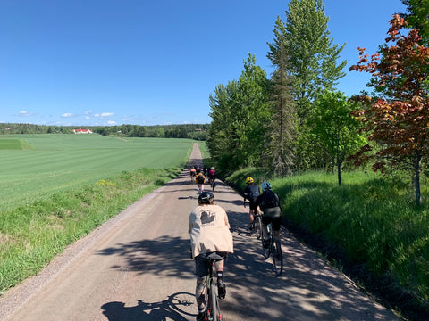 Breakaway Gravel Tours - company and group rides