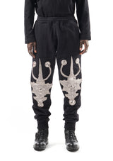 jogging pants - embroidered metalic jewel patch