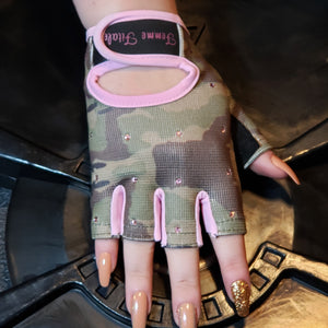 Load image into Gallery viewer, Camo and Pink Swarovski Crystal Embellished Fitness Gloves