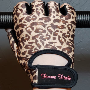 Load image into Gallery viewer, Leopard Print Fitness Gloves - No Crystals