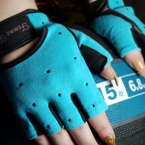 Load image into Gallery viewer, Turquoise Blue Swarovski Crystal Embellished Fitness Gloves