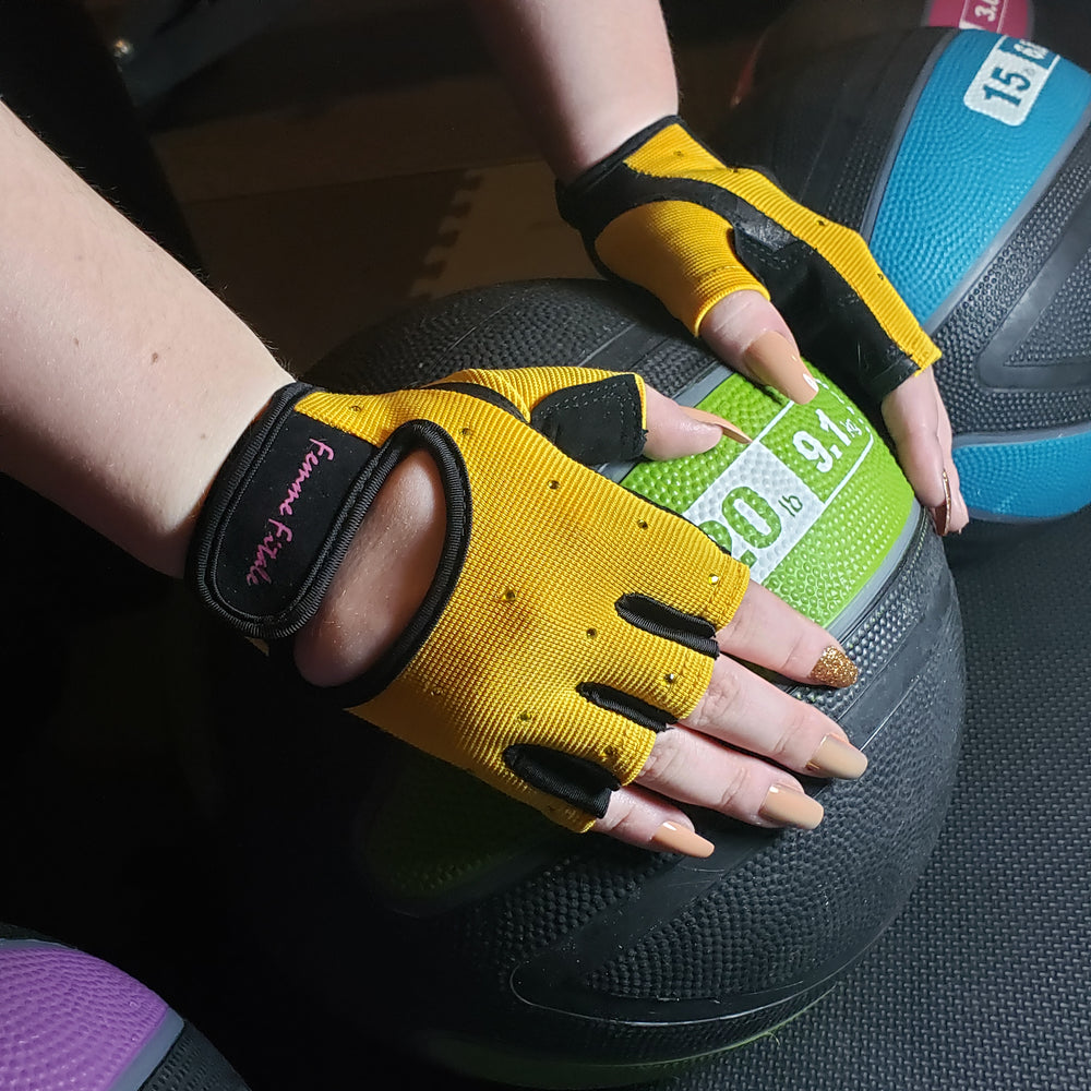 Load image into Gallery viewer, Yellow Swarovski Crystal Embellished Fitness Gloves
