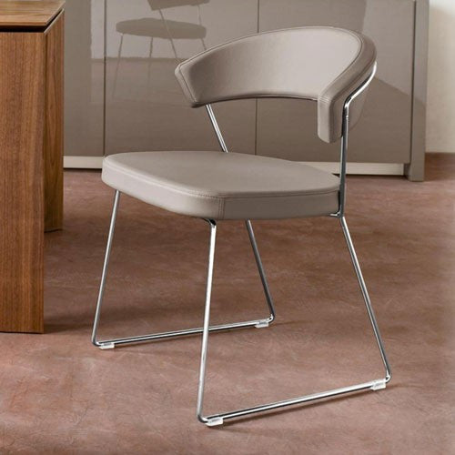 The contemporary New York chair made by Calligaris - Five Elements ...