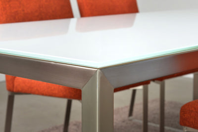 Cubo Table