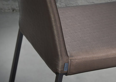 Curvo Chair