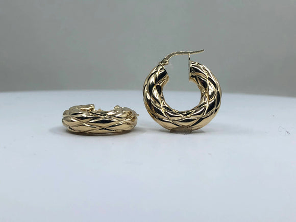 14K YG  SMALL FANCY HOOP EARRING