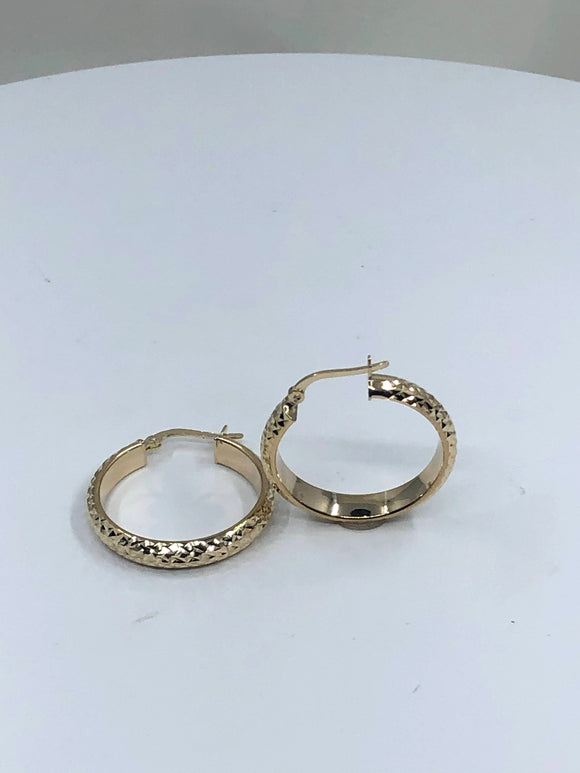 14K YG MEDIUM DIAMOND CUT FLAT HOOP EARRINGS