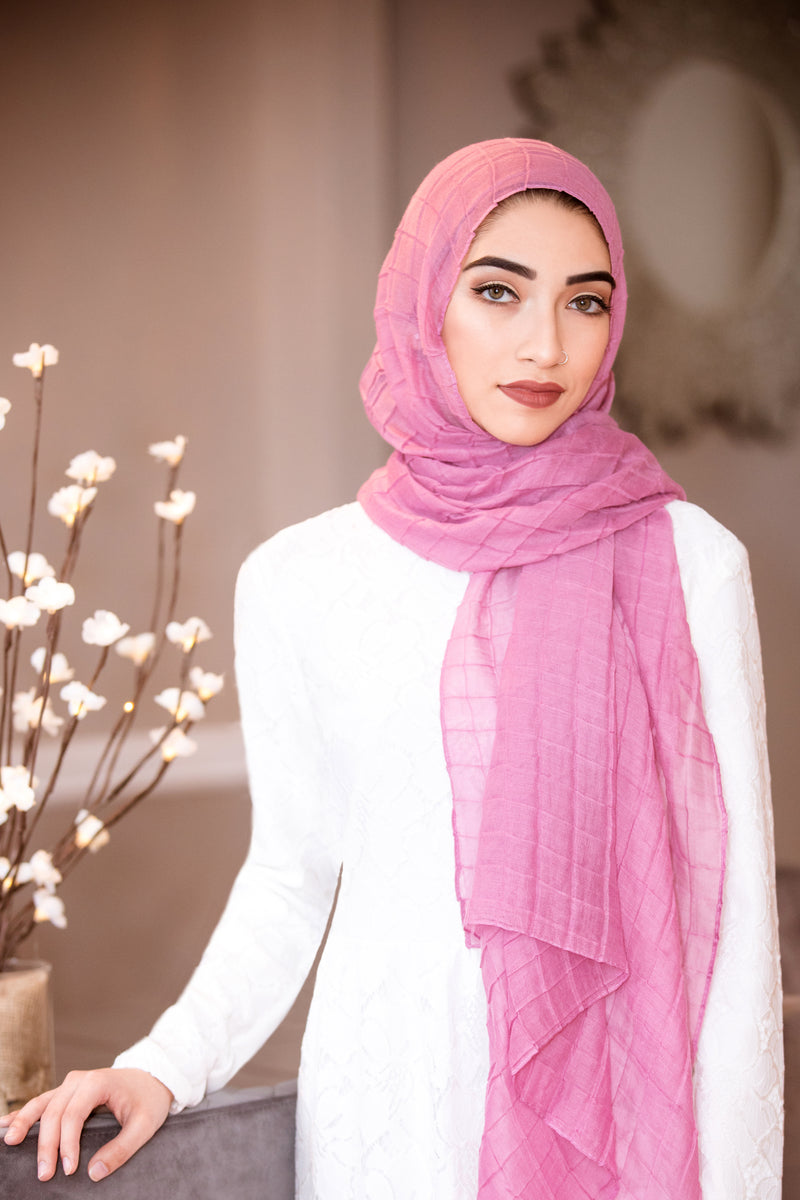 All Boxed Up Light Hijab-Blush