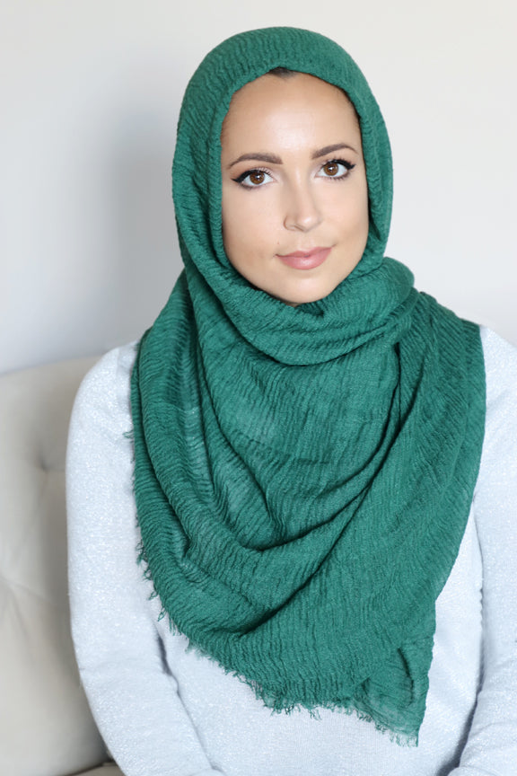 Premium Cotton Light Hijab-Emerald Green