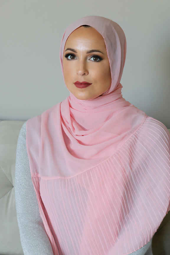 Pleated Edge Chiffon Hijab-Pink