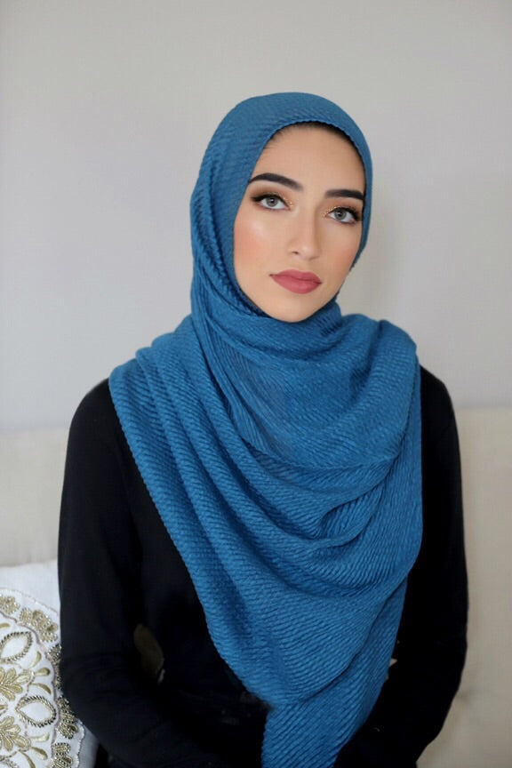 PLEATED LIGHT HIJAB-TURQUOISE