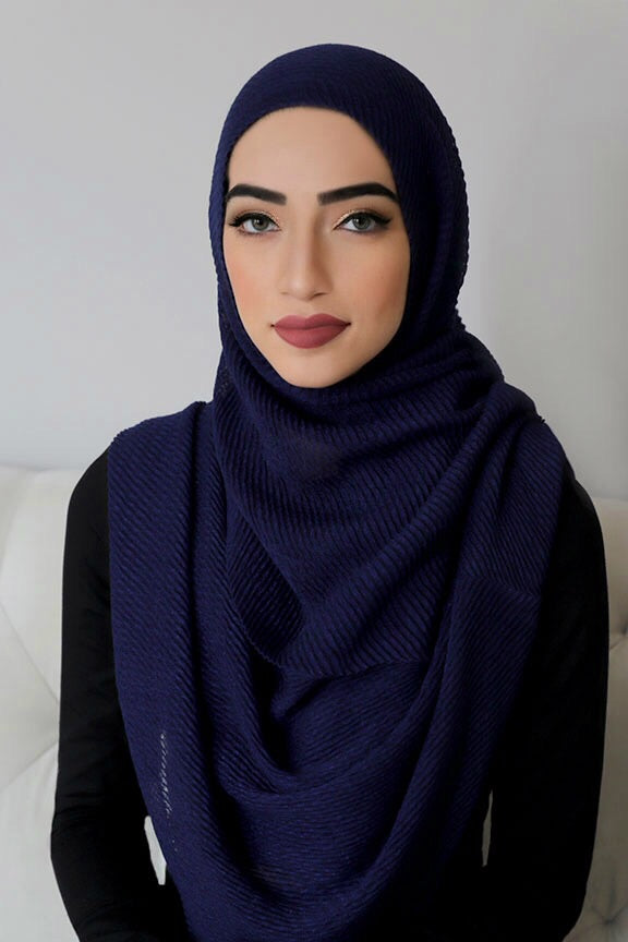 PLEATED LIGHT HIJAB-NAVY
