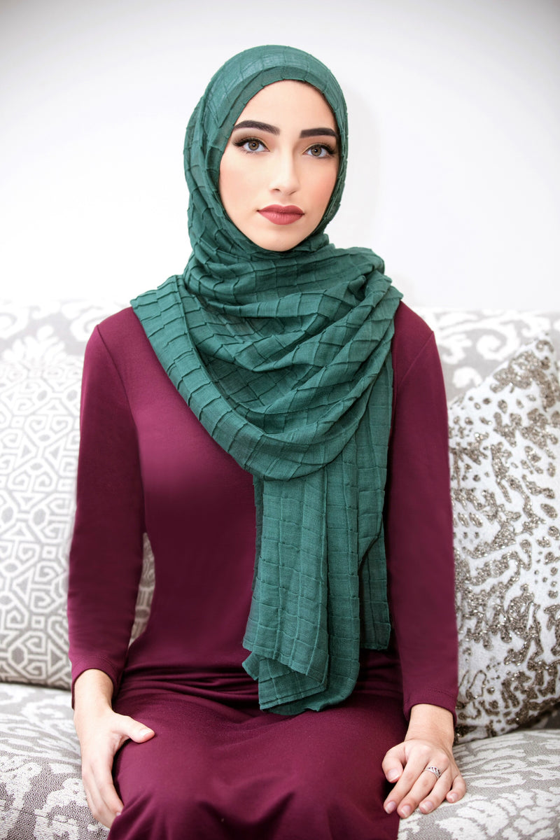 ALL BOXED UP LIGHT HIJAB-Emerald