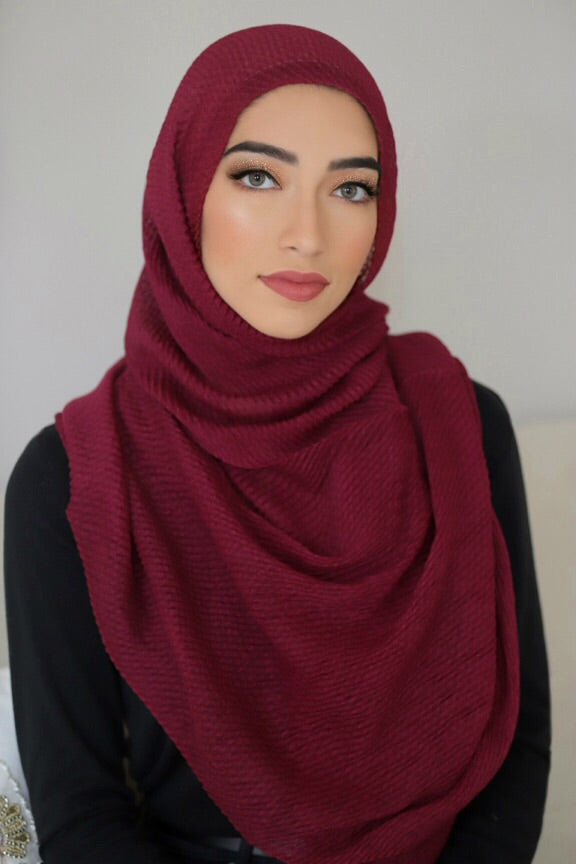 PLEATED LIGHT HIJAB-MAROON