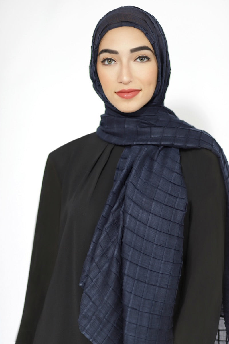 All Boxed Up Light Hijab-Navy