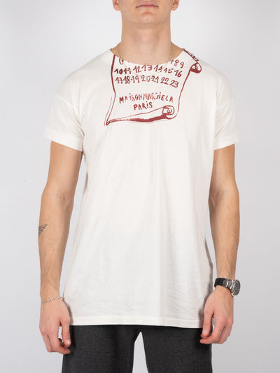 T-Shirt mit roter Schriftrolle (6208798654655)
