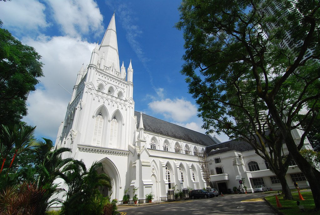 St-Andrews-Cathedral-Singapore-Raffles-City