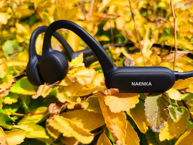 Naenka Runner Pro bone conduction can use without touching your phone