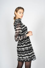 Load image into Gallery viewer, Pleated Midi Dress in Doppler Print