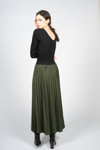 Load image into Gallery viewer, Forest Green Sun Ray Skirt