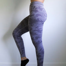 Load image into Gallery viewer, Camo Seamless Leggings