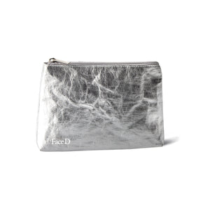 CLUTCH IN SILVER WASHABLE FABRIC