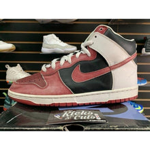 Load image into Gallery viewer, nike sb high jason vorhees sz 10.5