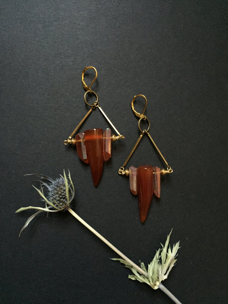 + BLOOD WEDDING EARRING in RED AGATE +