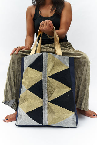 VEERO ZIG ZAG Gold / Silver / Black Tote with leather.