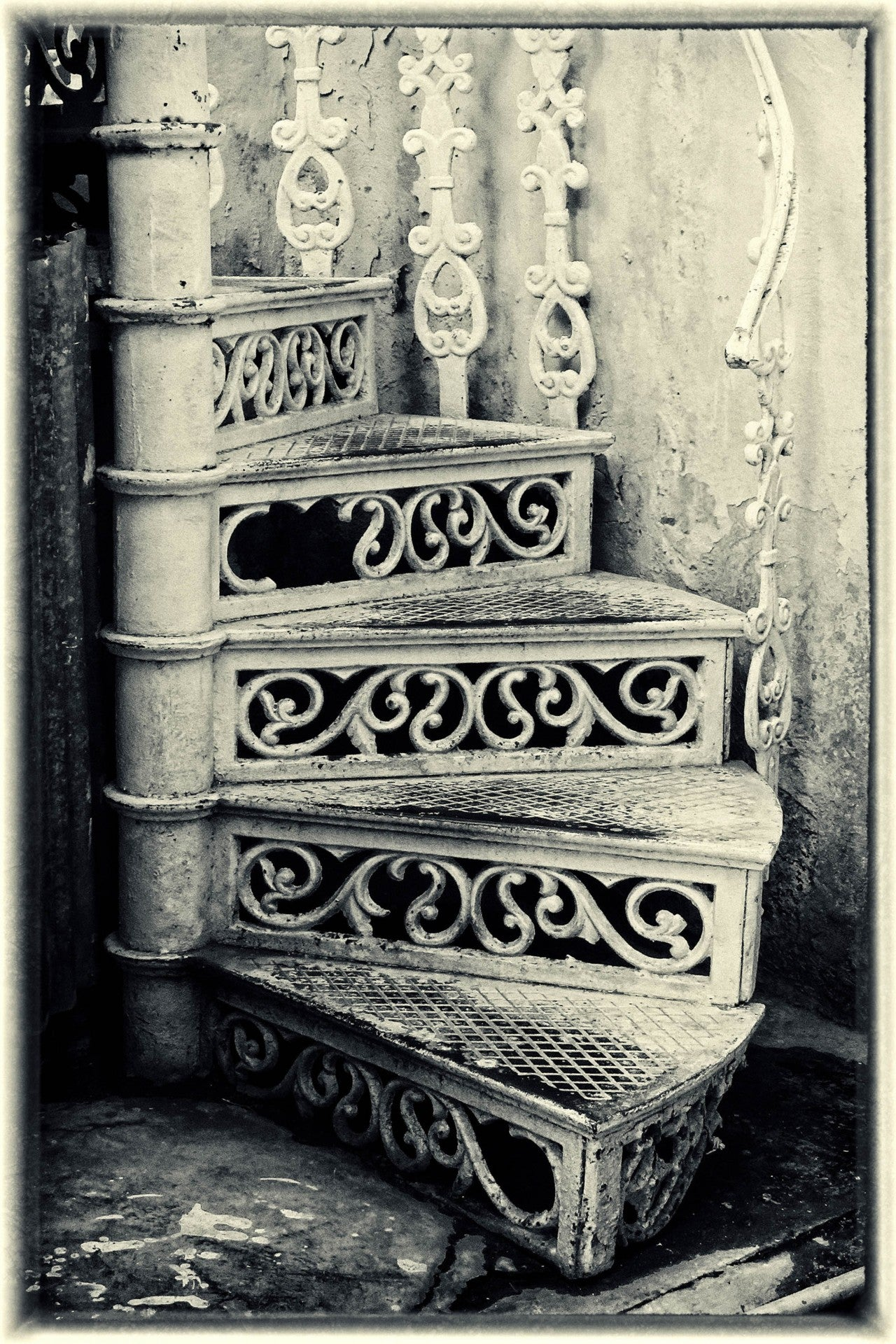 Penny A Parrish - Spiral Staircase Cuba
