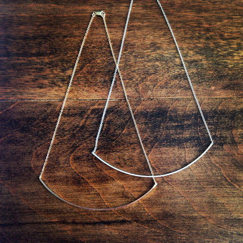 Arced Necklace in Squared Finsih - Large