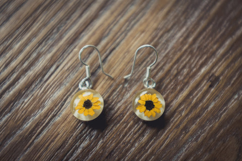 Sunflower Jewelry: Dangle Earrings
