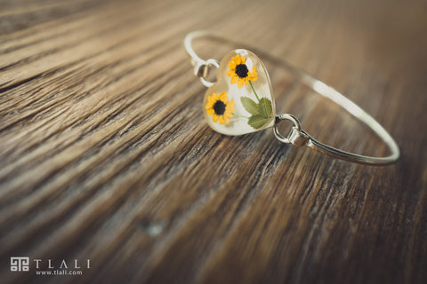 Sunflower Jewelry: Two Sunflower Heart Wire Bracelet