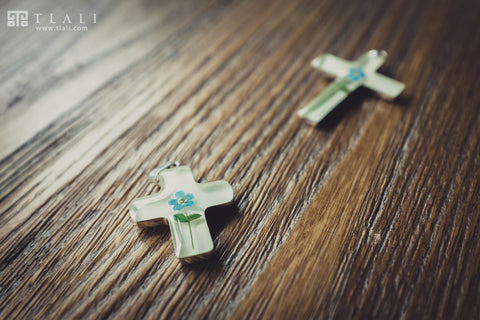 Forget-Me-Not Jewelry: Cross Pendant