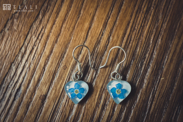 Forget-Me-Not Jewelry: Heart Hanging Earrings