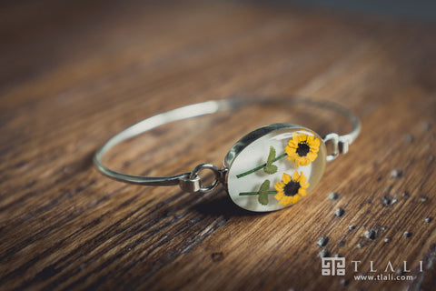 Sunflower Jewelry: Two Sunflower Oval Wire Bracelet
