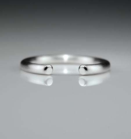 Slice Small Silver Round Ring