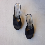 Load image into Gallery viewer, vintage BEBE black high heel mules size 8.5